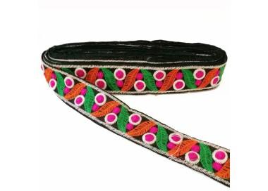 Cinta bordada de hojas y pequeños círculos rellenos - Verde, naranja, fucsia y negro - 35 mm