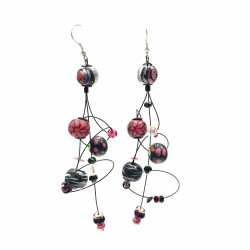 Black, white and magenta Single ellipse earrings made of 7 cm diameter wooden beads (XS) . Length 9 cm Babachic / Moodywood